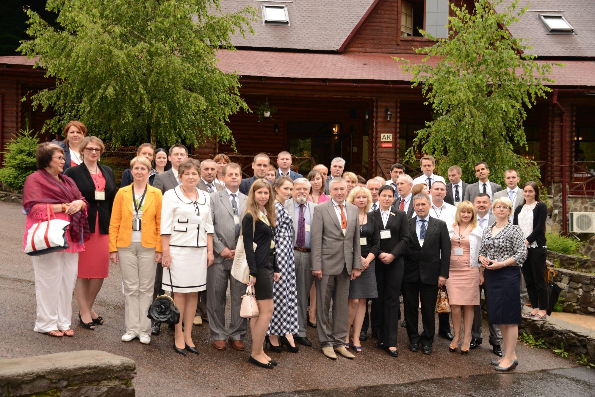 """Участники 10 (внеочередной) международной научно-практической конференции """"Криминалистика и судебная экспертиза: наука, обучение, практика"""" (26 июня 2014 года, Ужгород, Украина)"""
