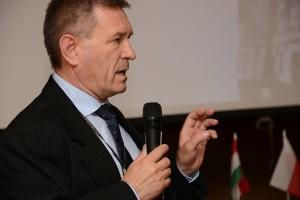 Выступление с докладом и презентацией проф. др. Йожефа Орбана
