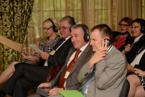 Некоторые участники конференции в ходе дискуссии