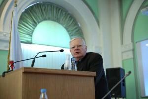 Выступление проф. А. Ф. Волынского с докладом